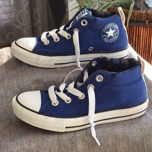 Converse All Star Jr. size 1 sneaker